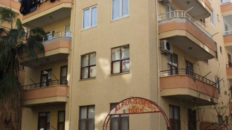 Mahmutlar Satılık Daire 2 + 1 – 100 m2 ALPER SİTESİ